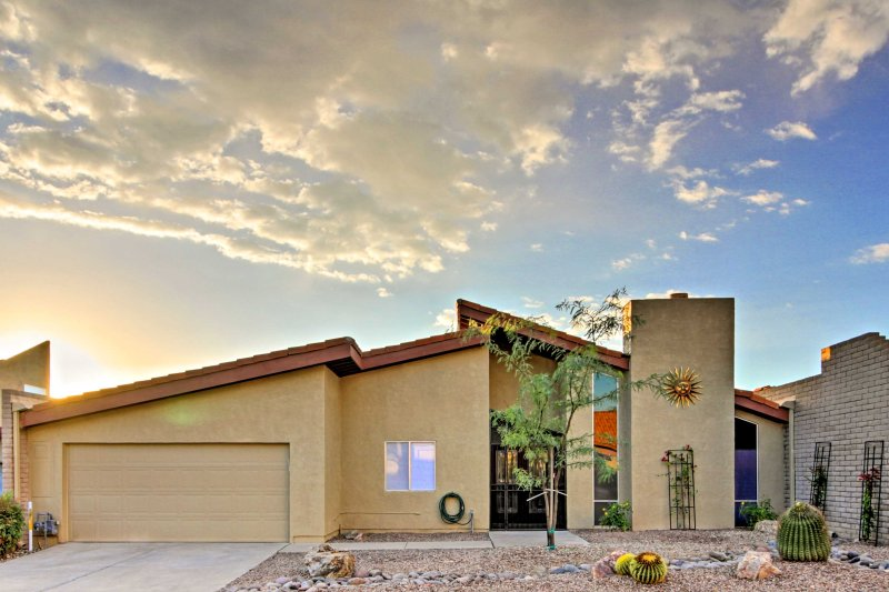 Book this vacation rental home for the ultimate Tuscon getaway!