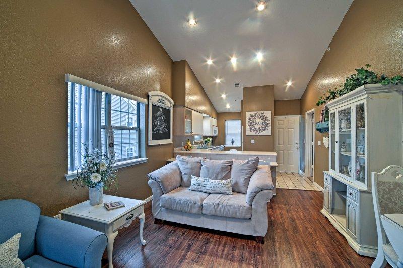 Comience su escapada Branson en este apartamento de alquiler de vacaciones complejo!