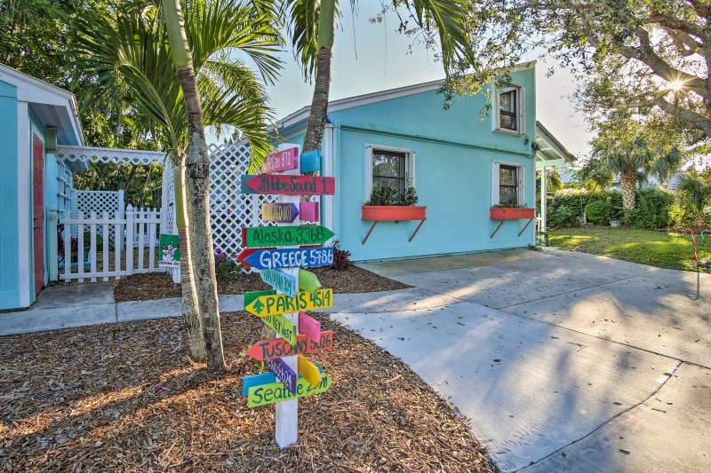 Tropical Hobe Sound Cottage: < 2 Mi From the Beach, holiday rental in Jupiter