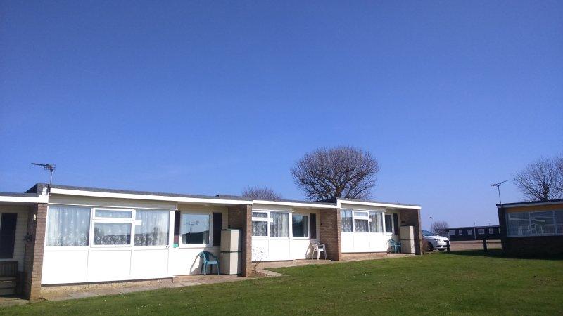 Chalet 37, Sunwright Holidays on Sundowner park, holiday rental in Hemsby