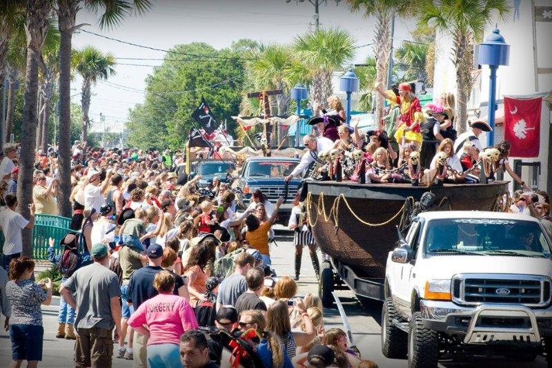 Alle lieben unsere wunderbare Pirate Festival und Parade im Oktober!