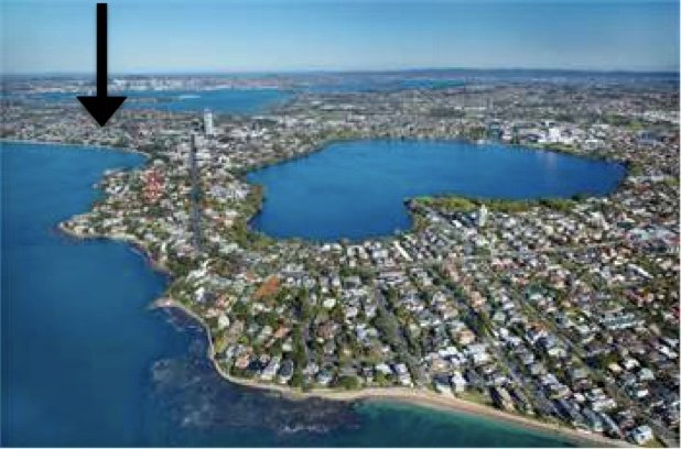 Takapuna Beach and Lake Pupuke, incredible geography to explore by foot from Sky Blue! (arrow)