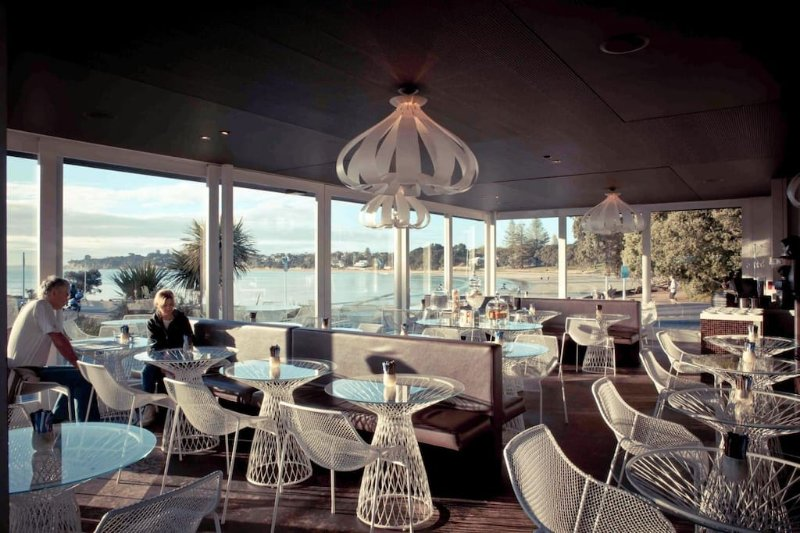 Takapuna Beach Cafe, lovely dining and coffee.