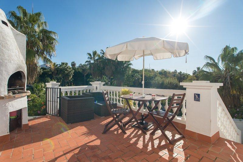 Las Palmas 2 Terrace with Dining / Lounge Area