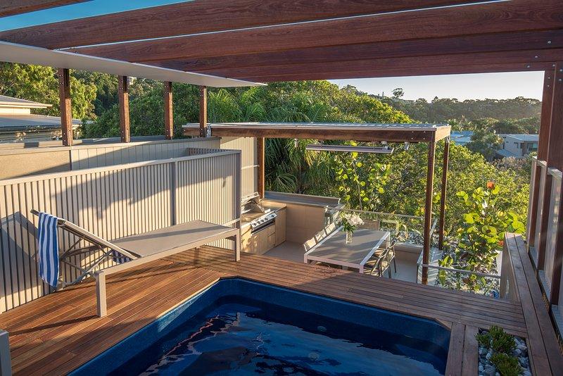 Noosa villa one five, vacation rental in Noosa North Shore