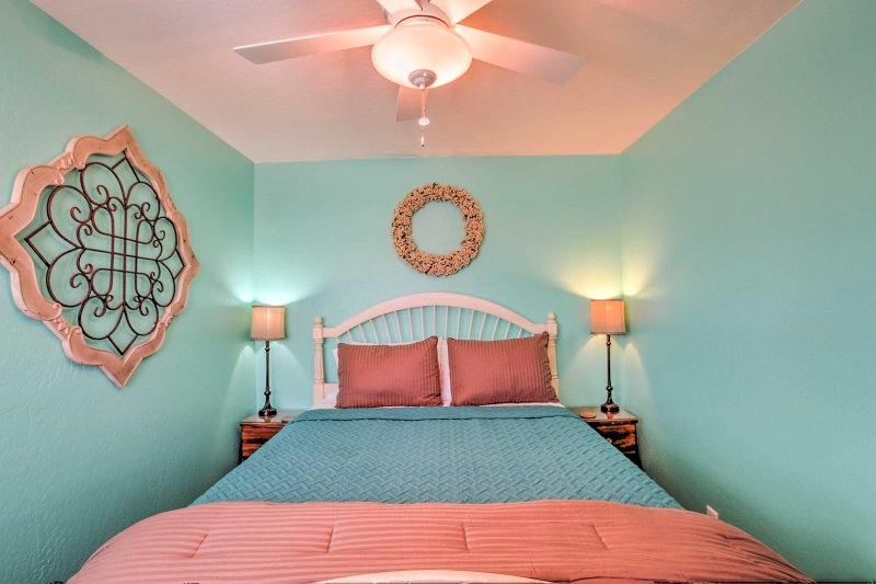 The ceiling fans are sure to keep you nice and cool at night.
