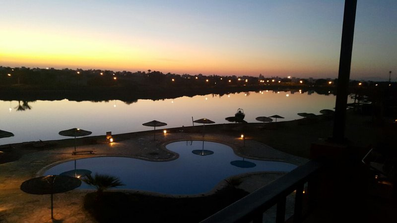 Amazing pool and lagoon view 2br apartment El Gouna, vacation rental in El Gouna