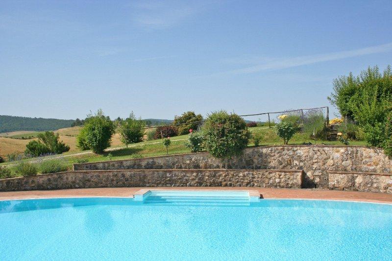 Radi Apartment Sleeps 5 with Pool and WiFi - 5241449, Ferienwohnung in Monteroni d'Arbia