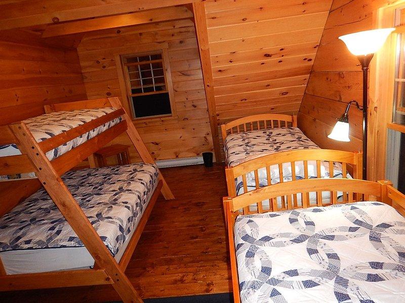 Upstairs bedroom sleeps 6