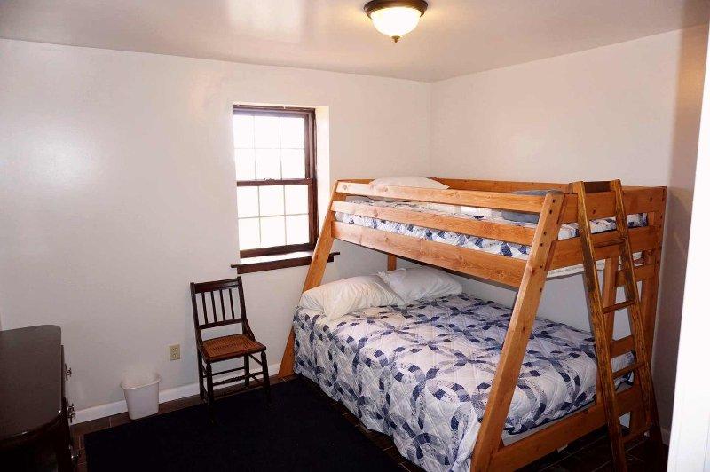 Downstairs bedroom sleeps 3