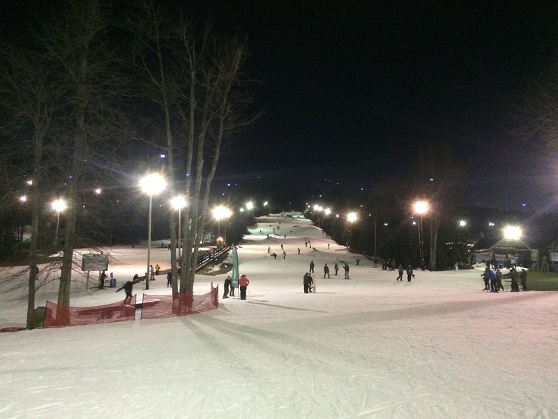 Big Boulder night skiing, 15 minutes away