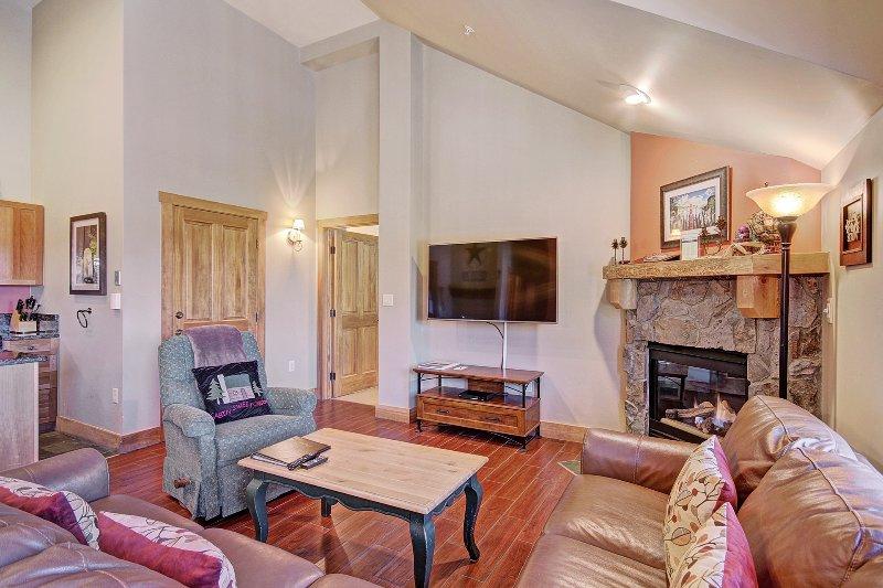 Salon - Le salon n'a vraiment une atmosphère chaleureuse et accueillante, parfait pour une réunion de famille.