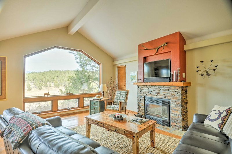 'Happy Trails' Pagosa Springs Home Near Stables!, holiday rental in Pagosa Springs