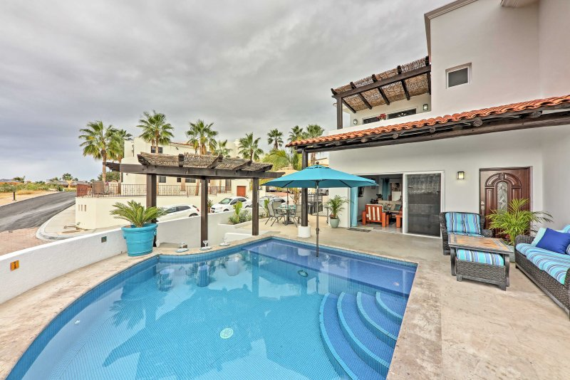 Discover the best of Cabo San Lucas from this 3-bedroom, 3-bath luxury vacation rental home.