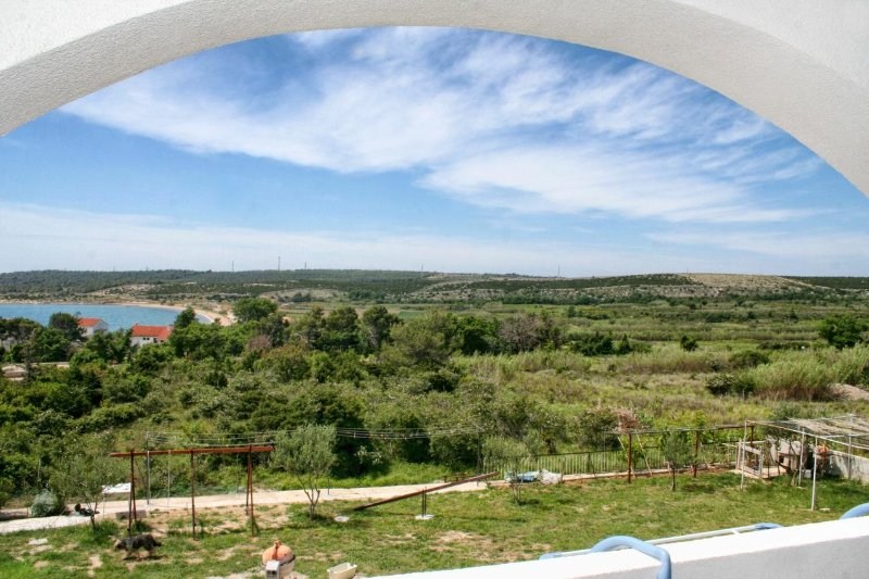Caska Apartment Sleeps 6 with Pool and Air Con - 5504406, holiday rental in Caska