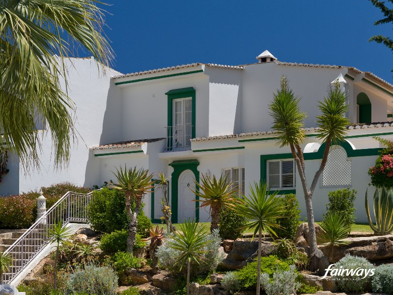 Quinta do Lago Apartment Sleeps 8 with Pool Air Con and WiFi - 5480346, holiday rental in Quinta do Lago