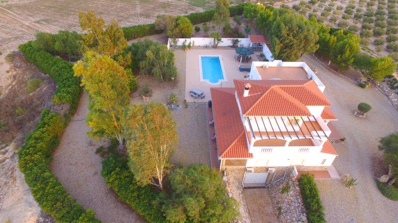 Stunning private villa, alquiler vacacional en Bédar