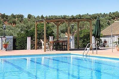 Montoro Villa Sleeps 20 with Pool - 5000375, vacation rental in Andujar