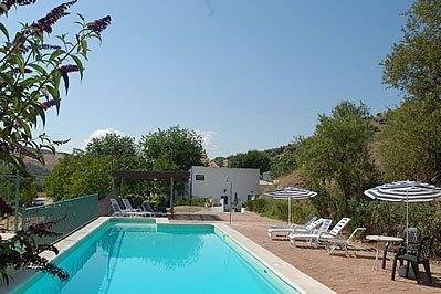 Huetor-Tajar Villa Sleeps 4 with Pool - 5080256, holiday rental in Loja