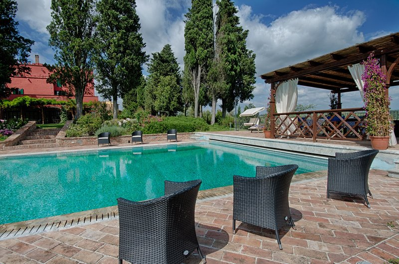 San Matteo Villa Sleeps 17 with Pool and WiFi - 5313339, vacation rental in Cambiano