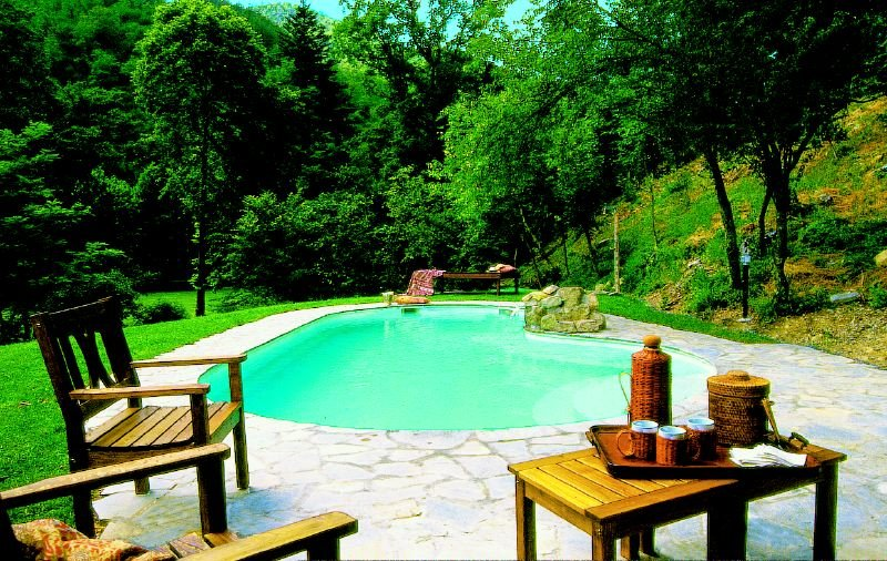 Borgo San Lorenzo Villa Sleeps 12 with Pool and WiFi - 5218263, vacation rental in Borgo San Lorenzo
