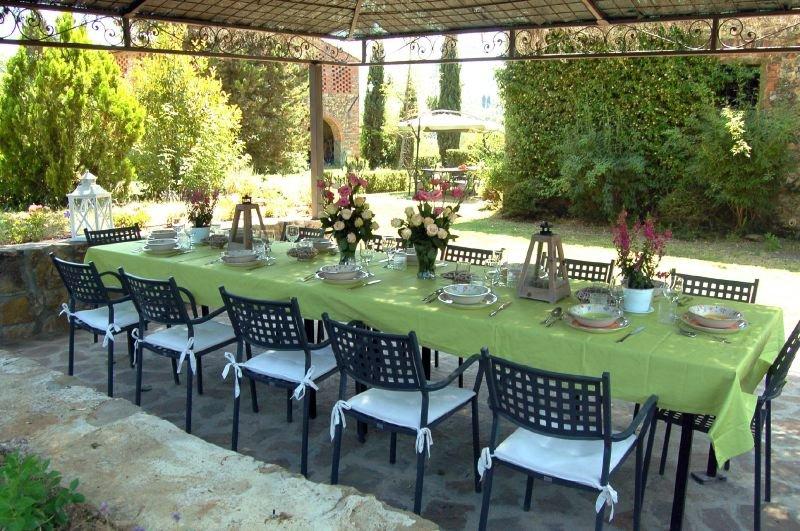 Badia Agnano Villa Sleeps 12 with Pool and WiFi - 5218464, holiday rental in Badia Agnano
