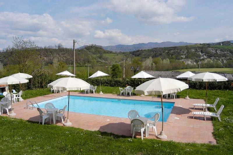 Vicchio Villa Sleeps 14 with Pool and WiFi - 5218260, casa vacanza a Vicchio