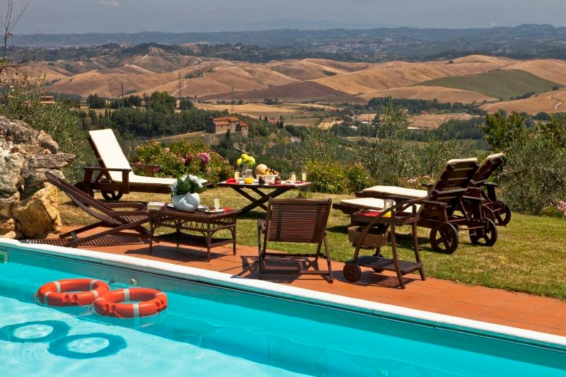 Chianni Villa Sleeps 14 with Pool and WiFi - 5218199, holiday rental in Rivalto