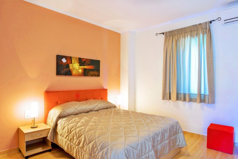 Apolpaina Villa Sleeps 4 with Pool and Air Con - 5218005, vacation rental in Kavallos
