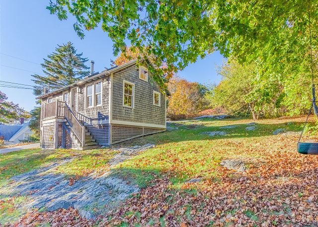 Maine Cottage in South Bristol - Walk to the Harbor & Fisherman's Co-op, location de vacances à Bayville