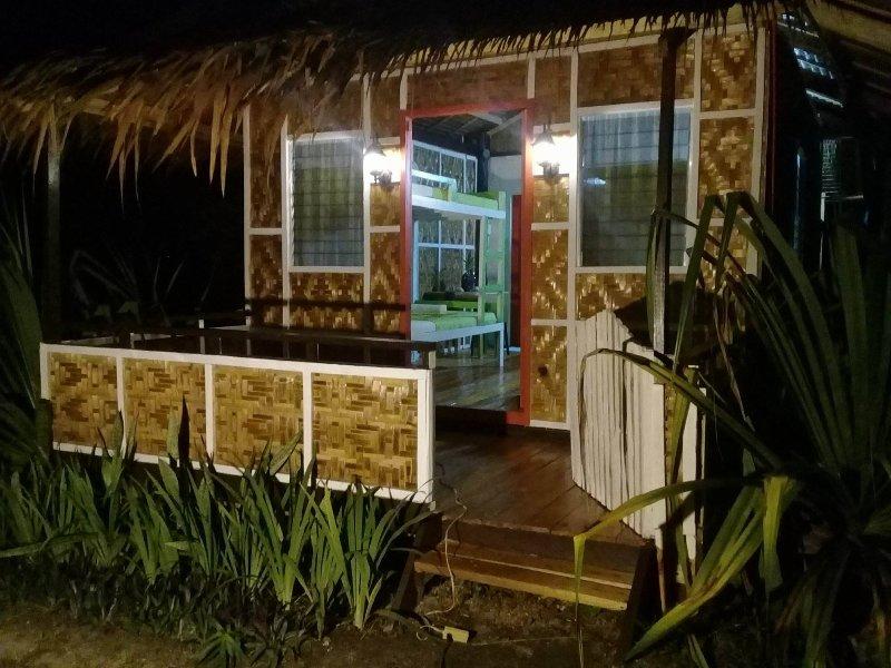 Siargao Islands Getaway - Bayai#2, holiday rental in Dapa