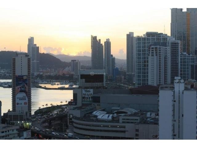 Beautiful 3 Bdr Penthouse, Best Location!, location de vacances à Province de Panama