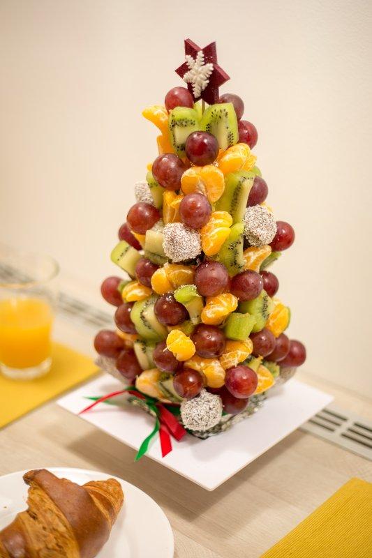 torre de fruta fresca disponible bajo petición
