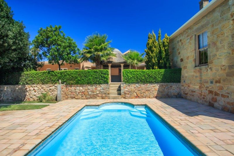 Notre grande piscine privée