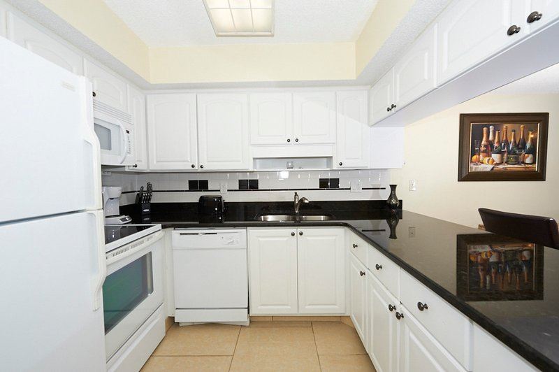 Completely Renovated Kitchen (Granite Countertops and New Appliances)