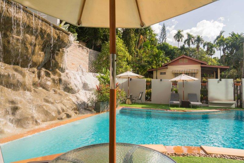 La piscina más baja y cascada