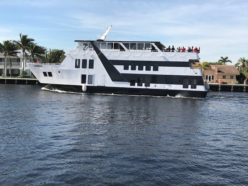 Party yacht cruising the intracoastal