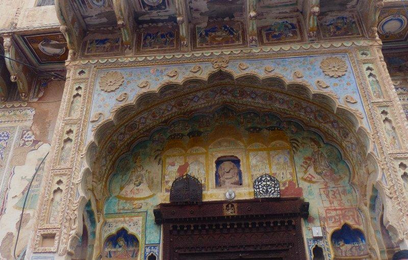 Vedaaranya Haveli - Bedroom 1 - Triple occupancy, holiday rental in Fatehpur
