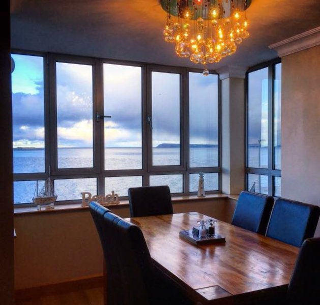 Carrig-na-rone Modern luxury sea facing apartment, holiday rental in County Antrim