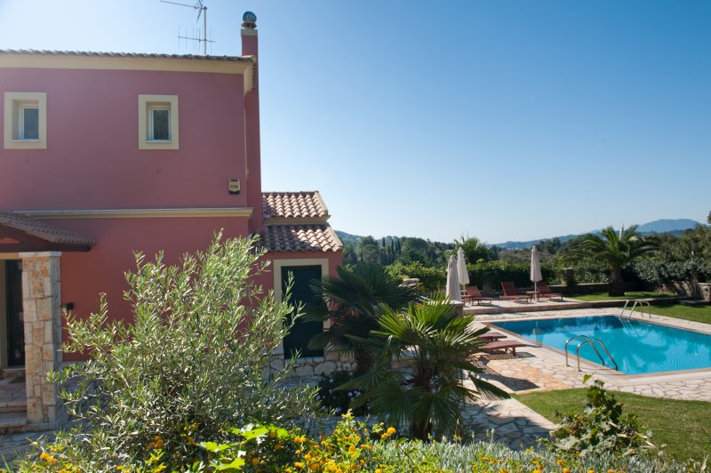 Lemonia Deluxe Villa with Private Pool, holiday rental in Dassia