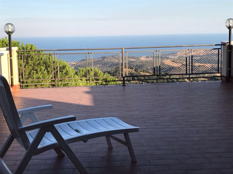 Casa Panoramica - Relax in vista, vacation rental in Condofuri Marina
