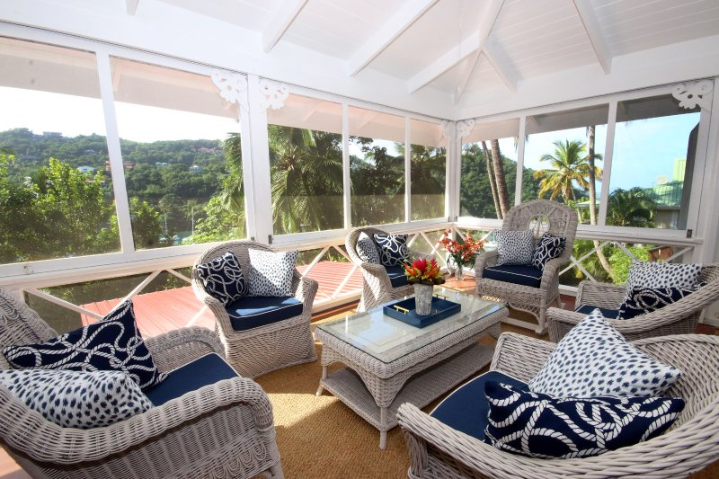Villa St. Lucia- Wonderful Cottage-Style Escape, aluguéis de temporada em Marigot Bay