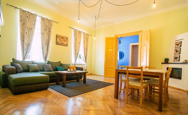 Inner Central Apartament, holiday rental in Vale
