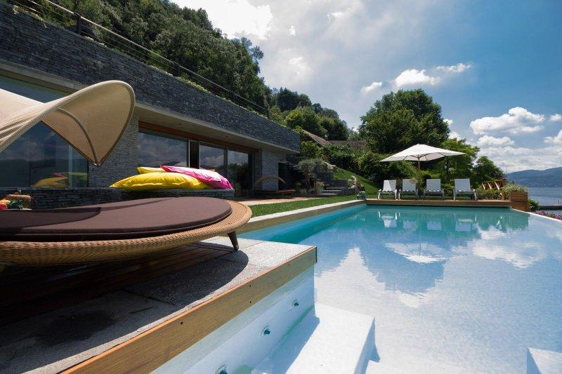 Villa Isa, holiday rental in Ispra