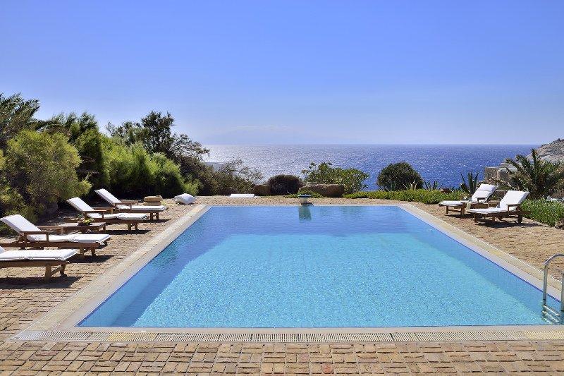 Villa Sesilia, holiday rental in Kalafatis