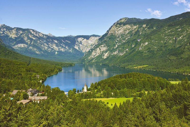 Bohinj-See ist 40 Minuten Fahrt von der Wohnung entfernt.