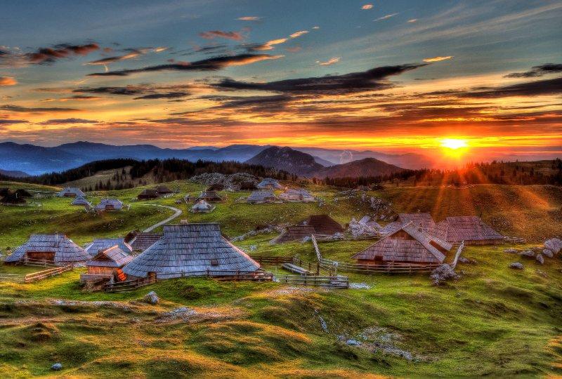 Velika Planina ist eine 55 Minuten Fahrt von der Wohnung entfernt.