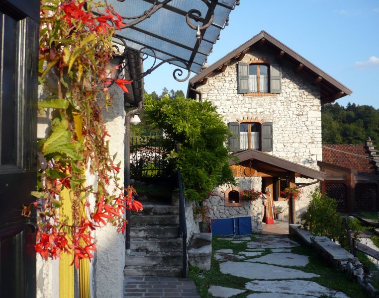 Casa Gingelina im Herzen der Dolomiten, holiday rental in Tignes