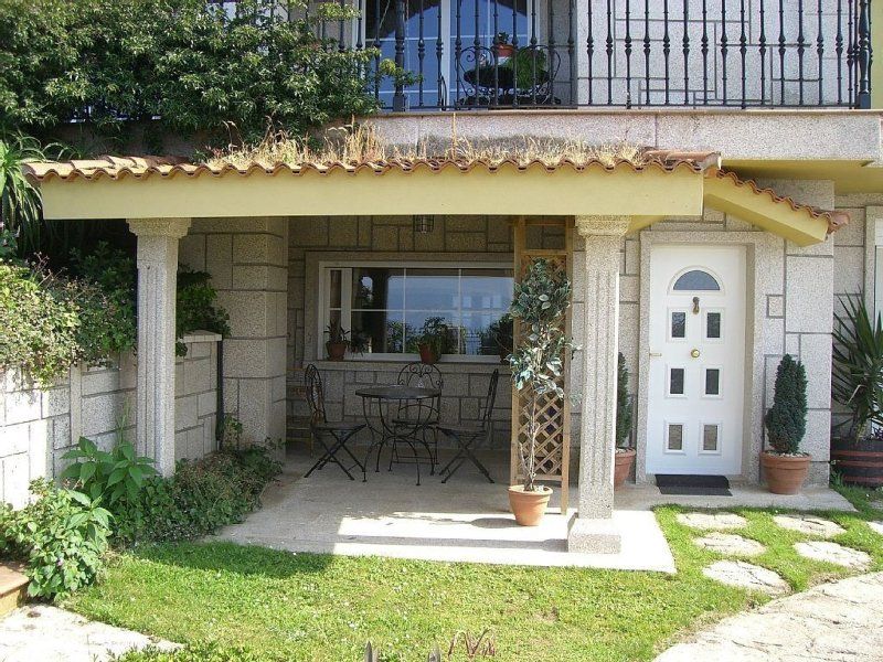 Apartment - 1 Bedroom with Sea views - 100009, holiday rental in Castrelo