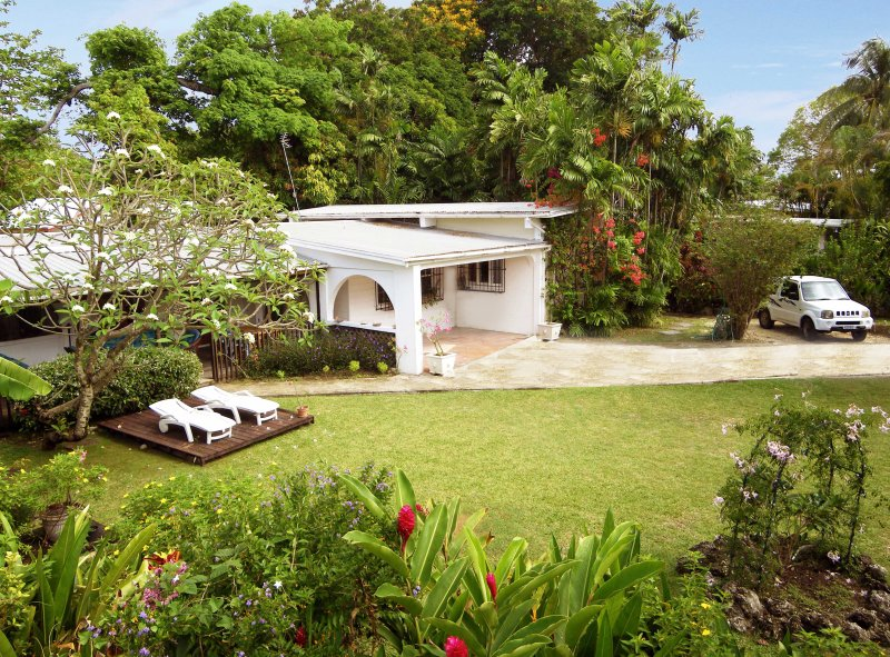 St James holiday rental villa near beach Holetown, location de vacances à Saint-James